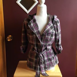 Plaid button top with belt and hood.
